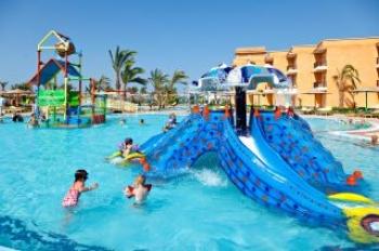 Wasserspiele und Tauchen