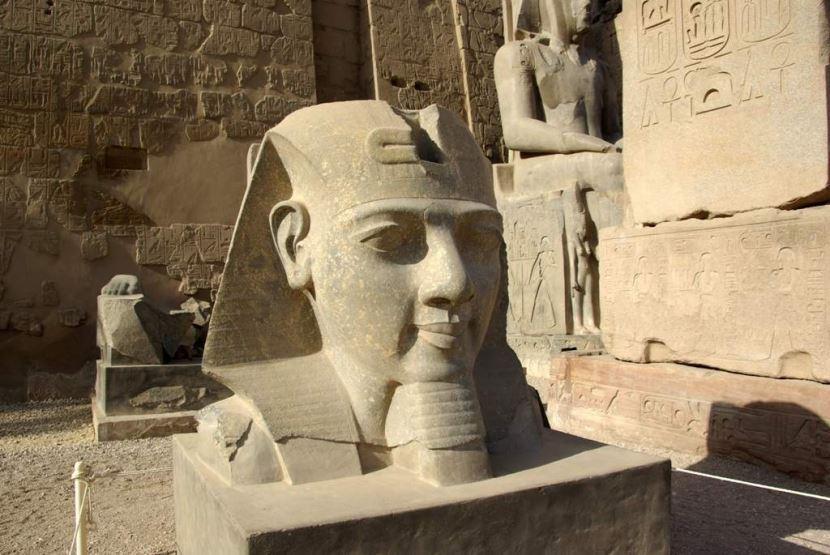 Ausflug von Luxor  nach Theben-West und -Ost .
