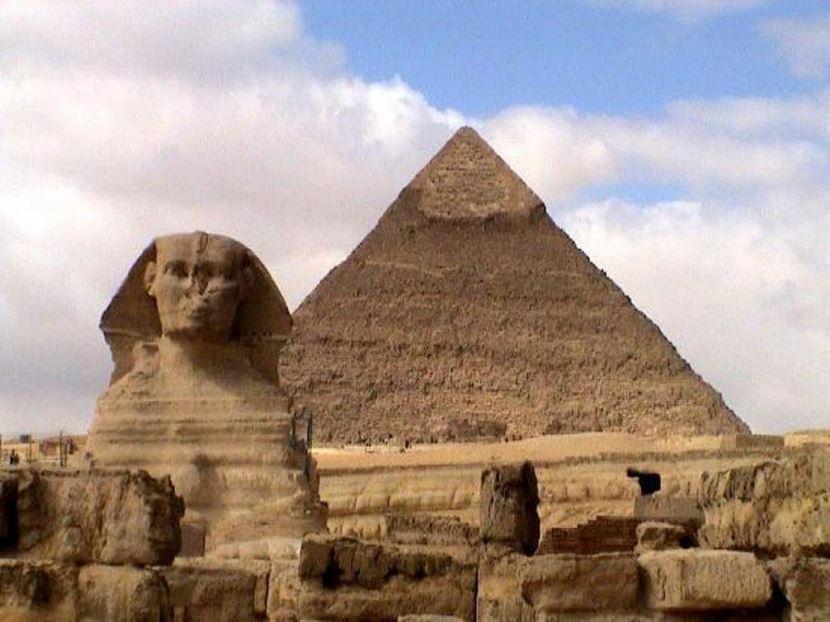 Landesausflug ab Alexandria Hafen,Sakkara ,Pyramiden und Memphies