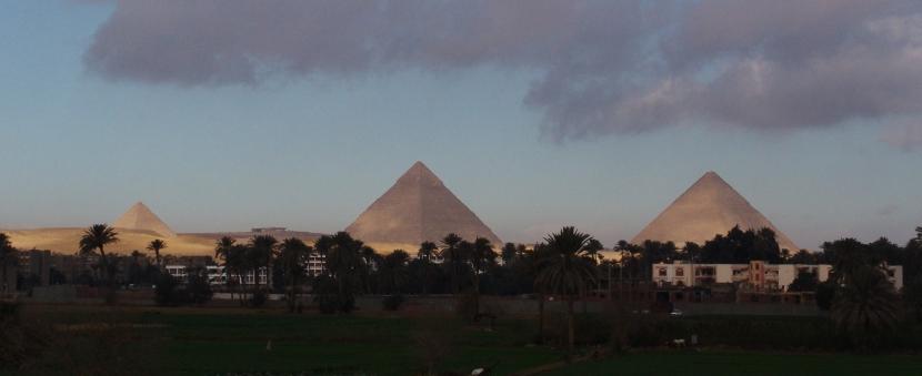 Ausflug von  marsa alam nach kairo mit dem Bus